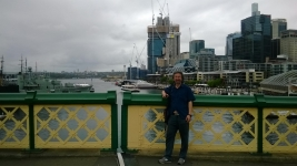 Donghai loved Pyrmont Bridge