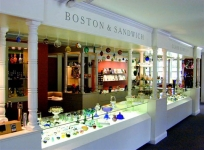Sandwich Glass Gallery